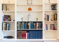 Bookshelves Heriot Row