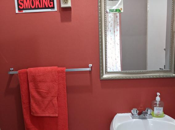 Sunset Room - Bathroom