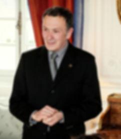 Patrice-Sallé-officiant-cérémonies-laïques-et-religieuses-mariages