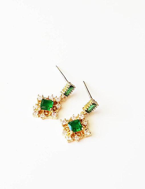 Vintage Style Green Crystal  Earrings