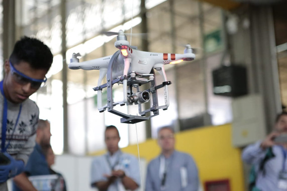 CODE_Colombia_Dron_Expo.jpg
