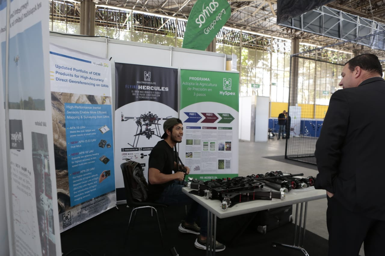 CODE_Colombia_Dron_Expo19.jpg