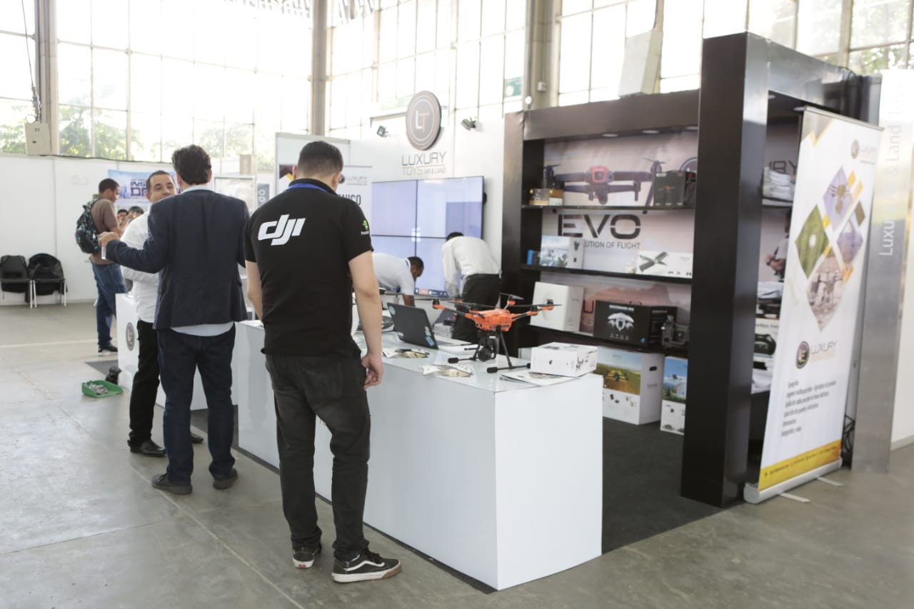 CODE_Colombia_Dron_Expo9.jpg