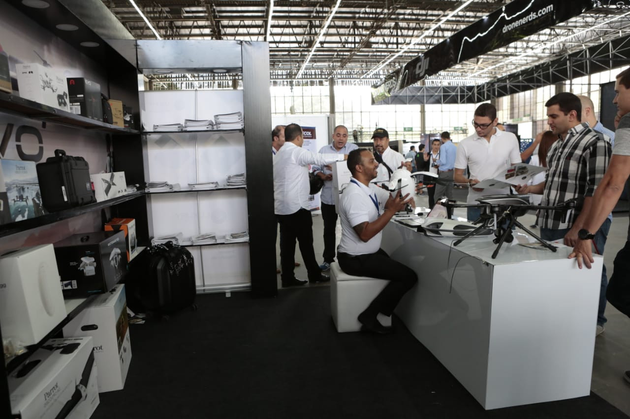 CODE_Colombia_Dron_Expo8.jpg