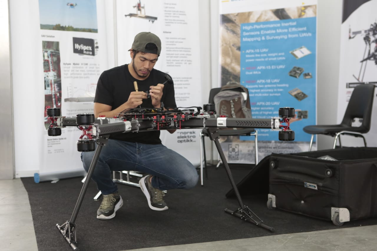 CODE_Colombia_Dron_Expo13.jpg