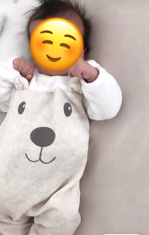 Baby Adian der Dr King Pflege