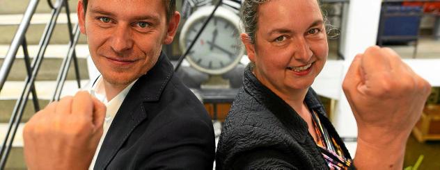 Laden zur Technologie Fight Night nach Jena ein: Hendrik Ditzel von Art-Kon-Tor Jena und Merle Fuchs von Technologiecontor Gera organisieren den Wettbewerb, der im November stattfindet. Foto: Tino Zippel