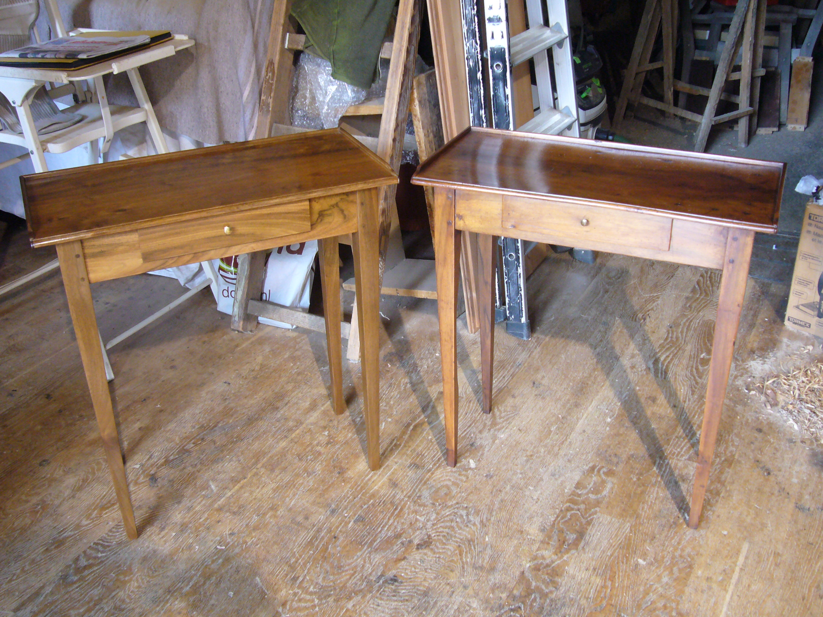 paire de table en noyer