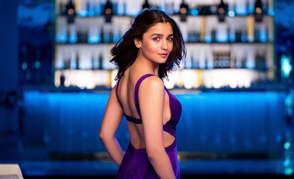 Alia Bhatt IIFA 2019 Instagram Youtube