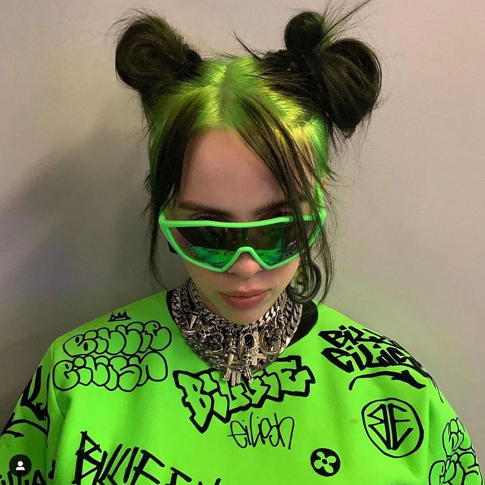 billie eilish singer songwriter influencer ig instagram fashion