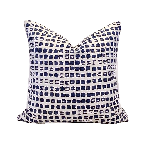 LOTTIE'S POCKET PILLOW COVER