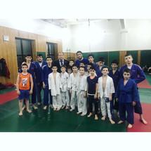 Заур Аскендеров посетил школу борьбы им. А.Садулаева