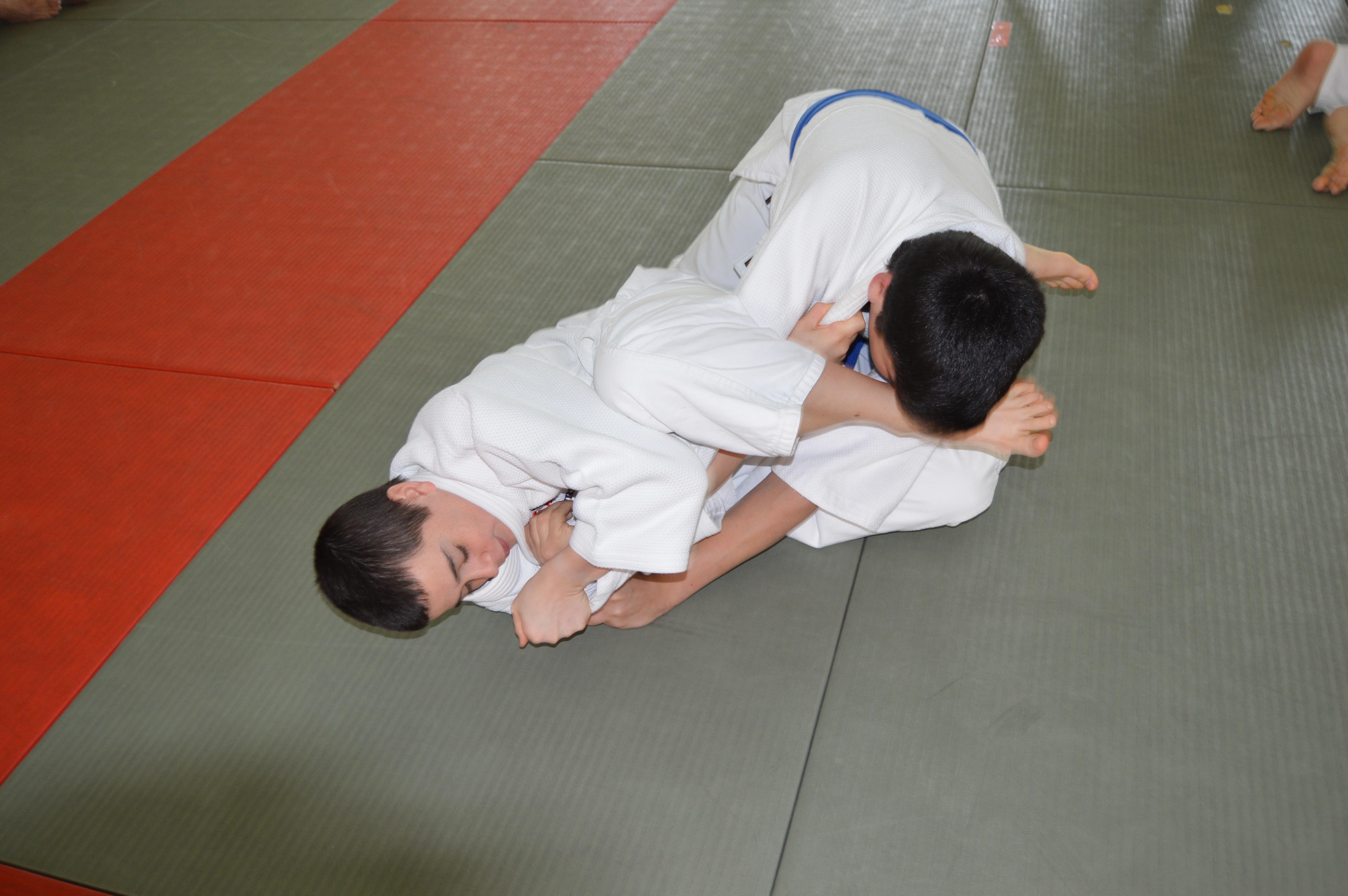 Juji-Gatame