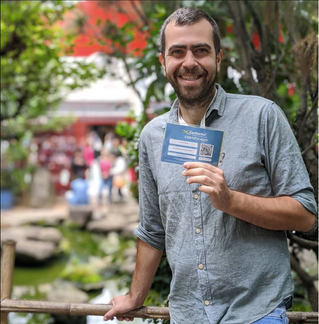How can I find a licensed tour guide in Sao Paulo?!