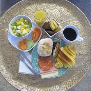 Pequeno-almoço continental