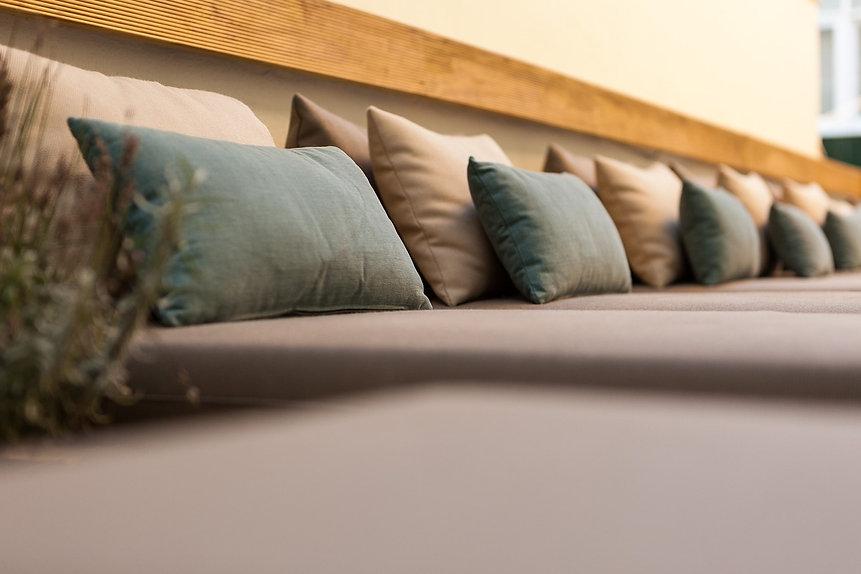 detalhe-almofadas-terraco (2)-min.jpg