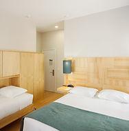 quarto-triplo-camas-superior-min.jpg