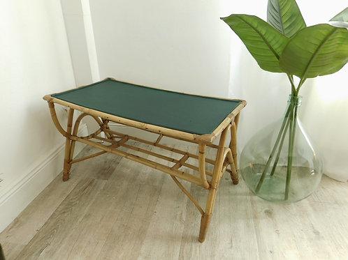 Table basse en rotin vintage, dessus vert profond