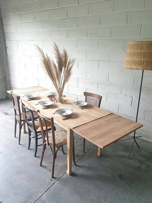 Table campagne vintage
