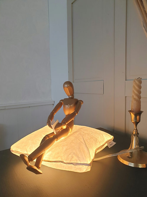 Lampe Coussin avec son bonhomme