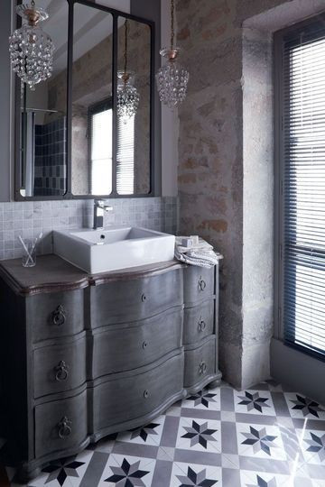 commode vintage salle de bain