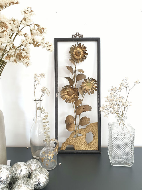 Cadre fleurs en reliefs
