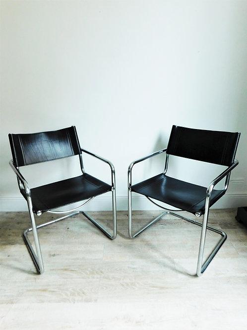 2 fauteuils cantilever de style Breuer