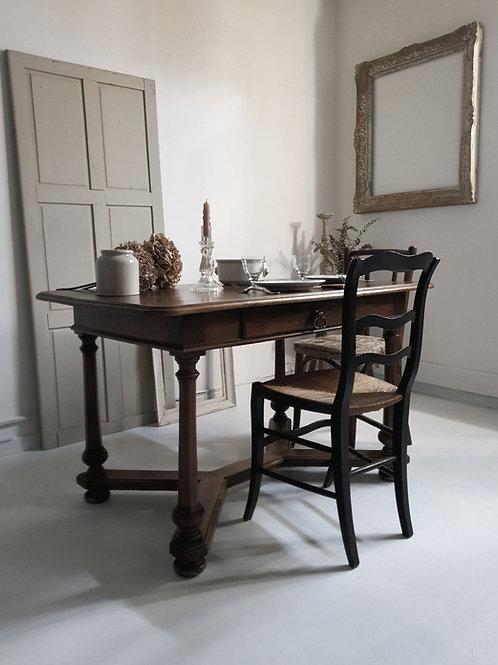 Table Renaissance en merisier