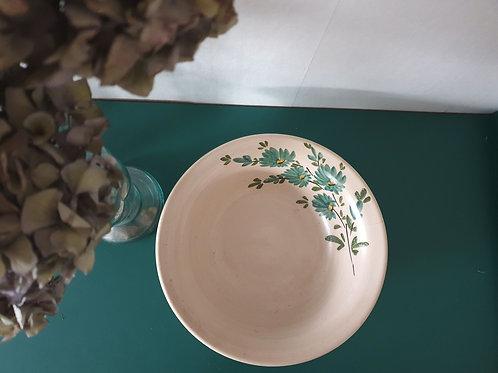 Plat en céramique décor fleuri