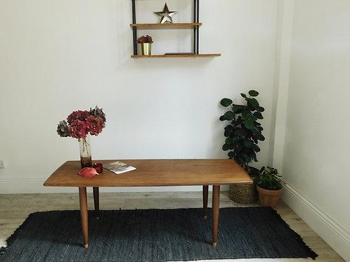 Longue table basse scandinave en chêne