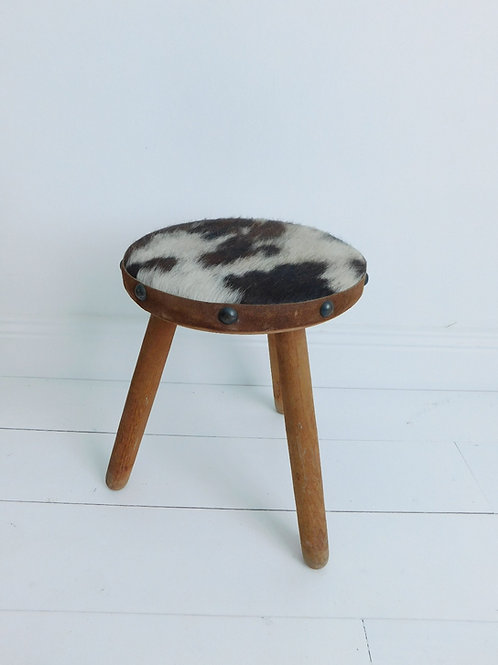 """Tabouret tripode """"cow step"""""""