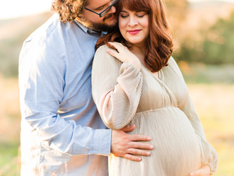 WINTER MATERNITY SESSION | Coyote Creek Trail, Morgan Hill