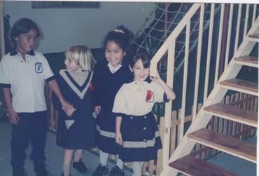 1994 - Alumnos de jardín y primaria