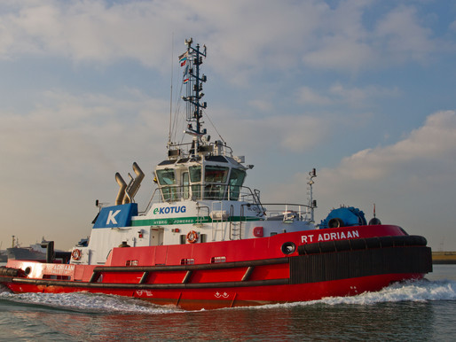 In Operation | E-Kotug tugboat
