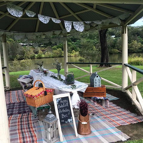 How to beautify a picnic shelter Vintage