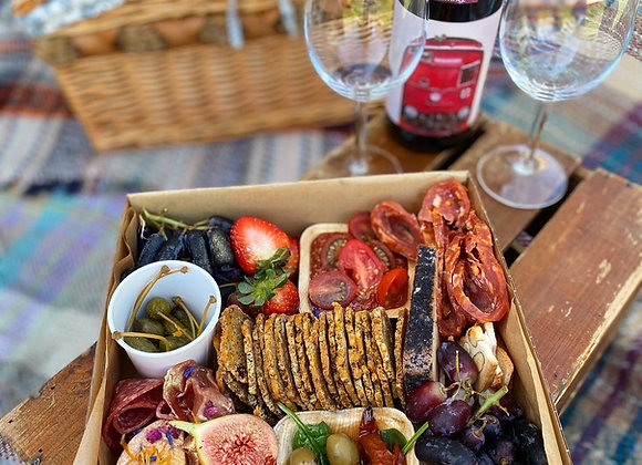 Gourmet Hamper for 2 with wine