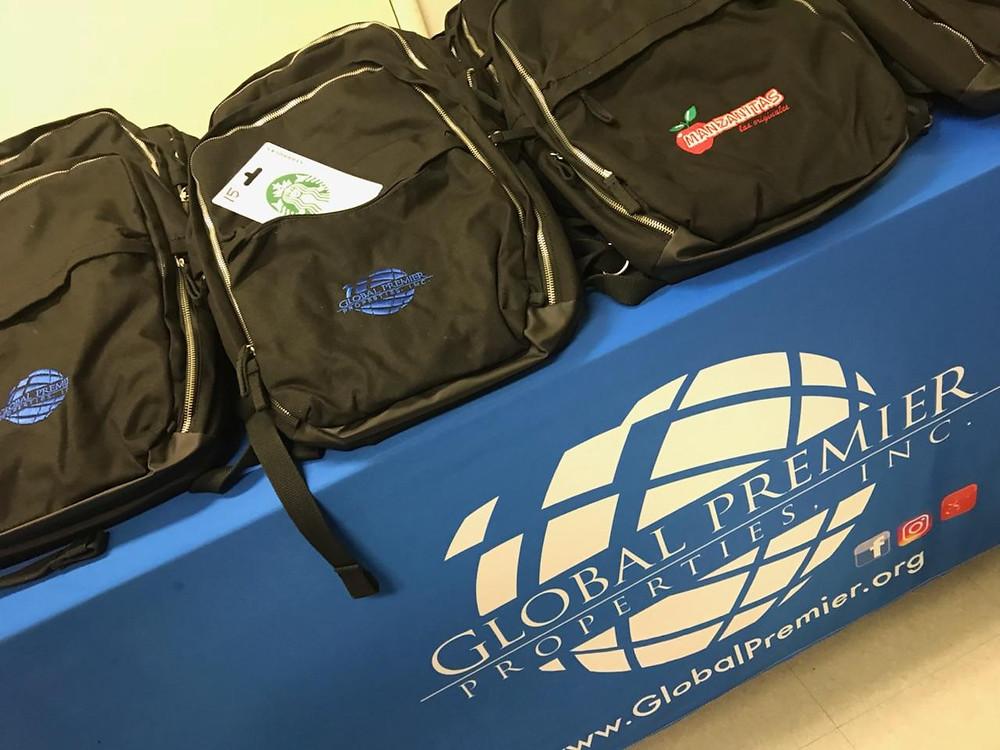 Backpacks and gift cards donated by Jesse and Sandy Guzman (Global Premier Properties, Manzanitas Las Originales