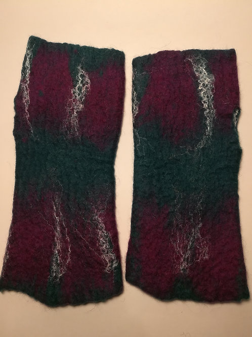 Fingerless Gloves / Wrist Warmers - Green