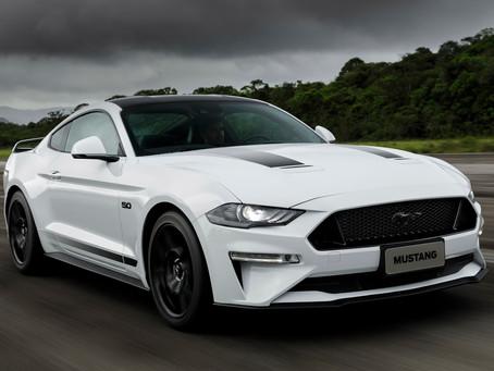 Ford Mustang continua como o esportivo mais vendido no mundo
