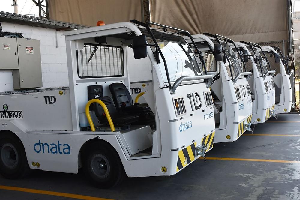 15 novos tratores elétricos são adquiridos pela dnata para atendimento em solo no Aeroporto de Guarulhos