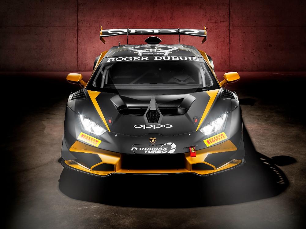 Lamborghini celebra a produção de 400 unidades para competição do Huracán