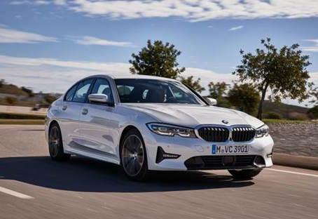 BMW 320i com preço na pré-venda a partir de R$ 187.950