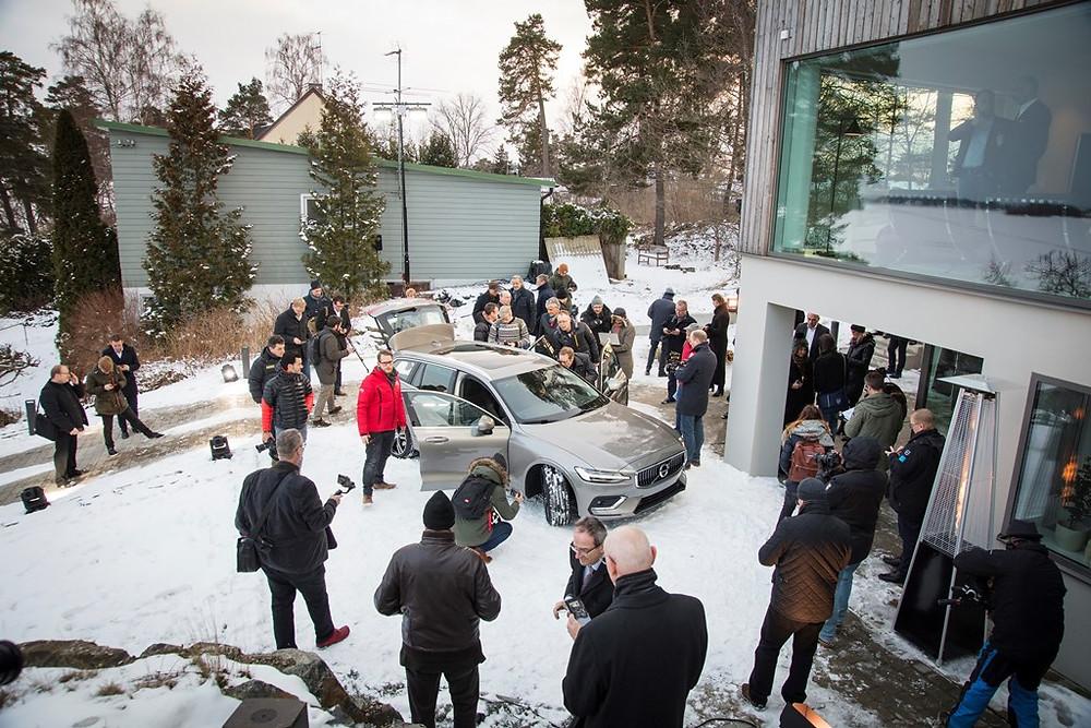 Volvo Cars com plano de negócios ambicioso e novos caminhos para lançamento de carros e serviços