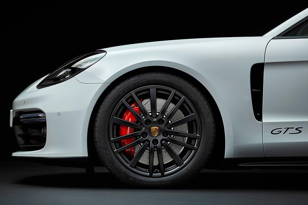 Novos modelos GTS: dois novos atletas na família Porsche Panamera