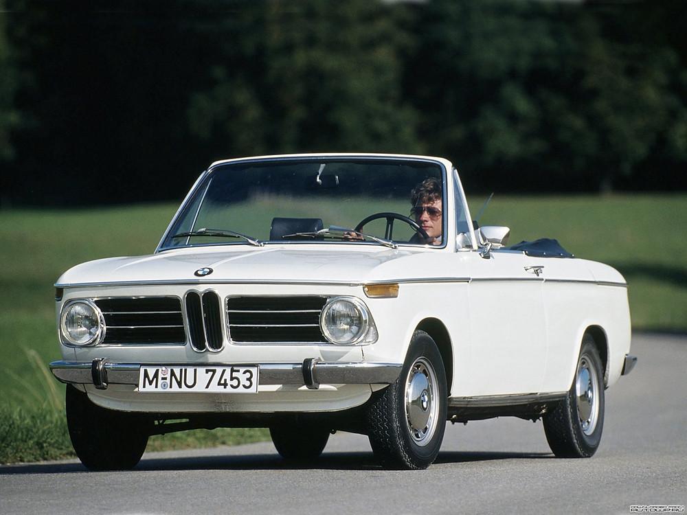 BMW Car Club reúne exemplares da marca no Shopping Iguatemi