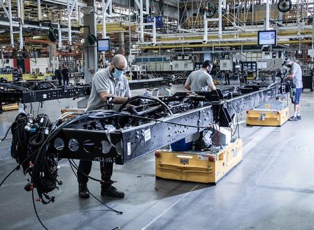 Mercedes-Benz inaugura fábrica 4.0 de chassis de ônibus do Brasil