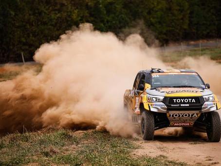 Sertões: X Rally Team faz dobradinha com Toyota Hilux na primeira etapa
