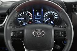 Toyota SW4 SR