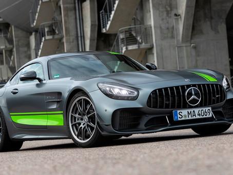 Mercedes-AMG GT R PRO faz 3,6 segundos de 0 a 100 km/h, e chega ao Brasil por R$ 1.699.900 com todas