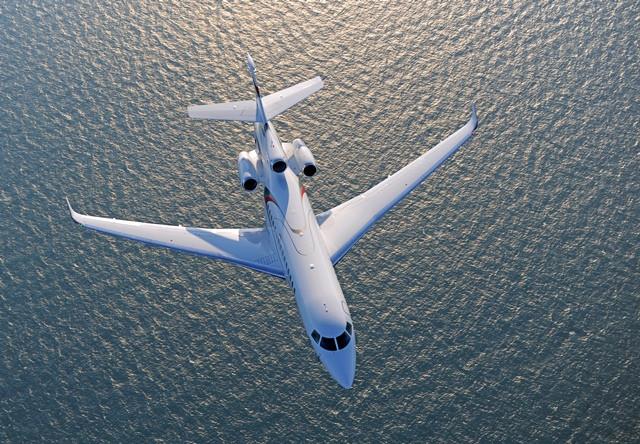 Dassault Aviation leva o trijato Falcon 8X para o South African Air Show